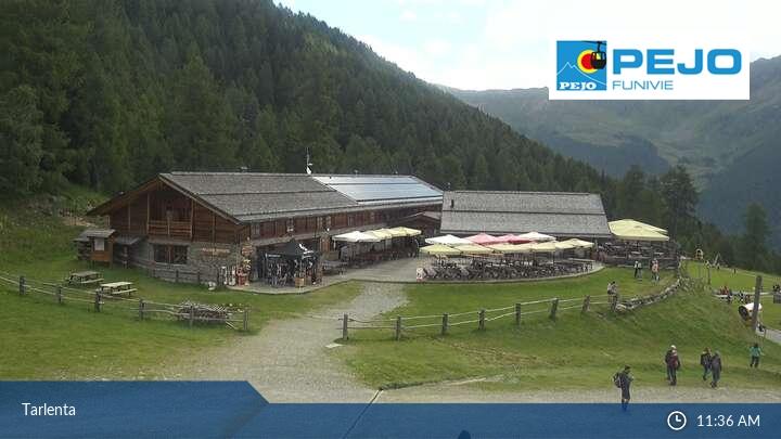 Rifugio Scoiattolo-Alpine Hut